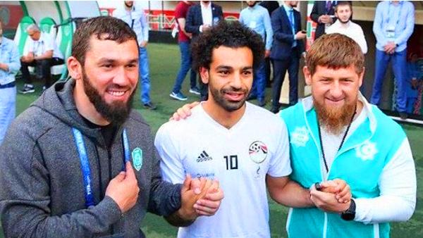 الرئيس الشيشاني يستغل محمد صلاح لأهداف سياسية